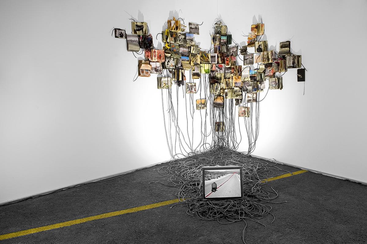 Daniele Girardi , I Road, site specific installation, installazione, death valley, art project